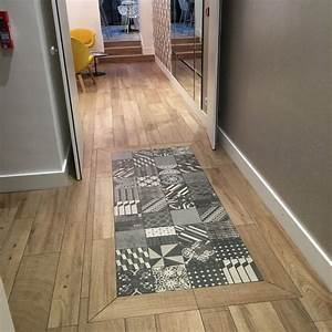 hotel elysee 8 stratifie carreaux ciment parquet entree With carreaux de ciment pour douche italienne