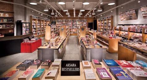 toko buku aksara resmi tutup dua gerainya independensi