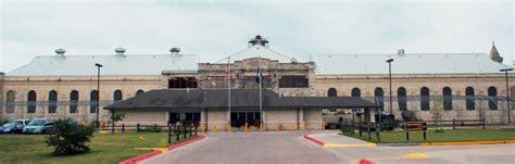 hutch kansas hutchinson correctional facility