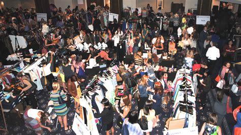 designer fashion warehouse divas out on the potomac