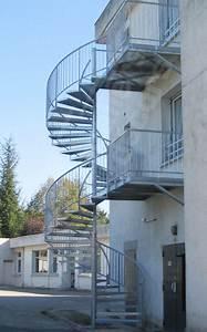 Hauteur Marche Escalier Extérieur : photo ih38 spir 39 d co larm escalier h lico dal d 39 ext rieur secours incendie en acier ~ Farleysfitness.com Idées de Décoration
