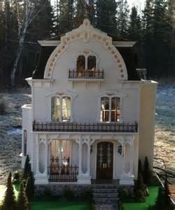 Copper Dollhouse Miniatures