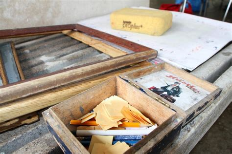 Students Relieve Stress Through Papermaking