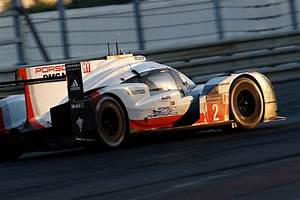 Porsche Le Mans 2017 : porsche wins 2017 le mans 24 hours in 23 hours autoevolution ~ Medecine-chirurgie-esthetiques.com Avis de Voitures