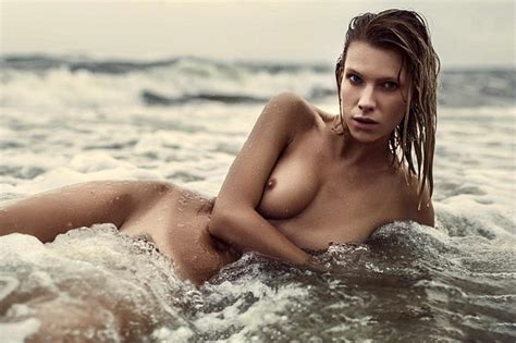 Angela Olszewska Nude — Playmate Of The Year Showed Her