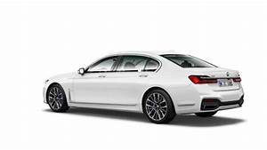 Here it is: The BMW 7 Series Facelift - Front, Rear, Side