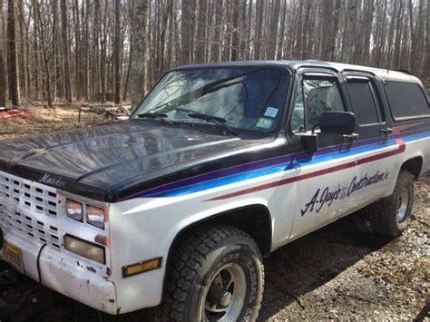 Find Used 1982 Suburban 4x4 With Western Power Angle Plow