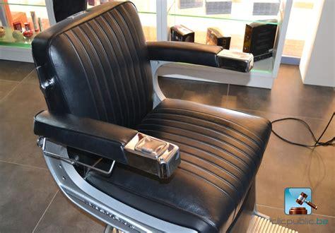 chaise de coiffure a vendre usagé fauteuil coiffeur belmont vendre table de lit
