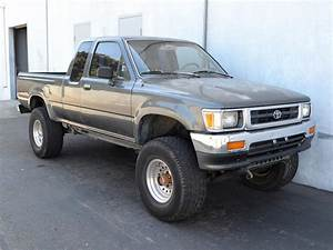 1994 Toyota Pickup - Information And Photos