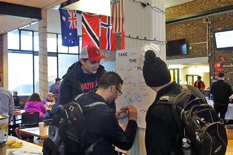 Men On 4cs Campus Pledge Not To Commit Violence Against Women
