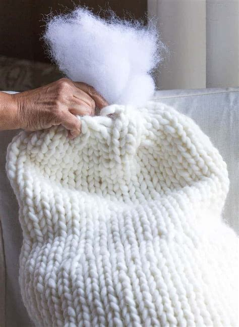 chunky knitted snowman savvy apron