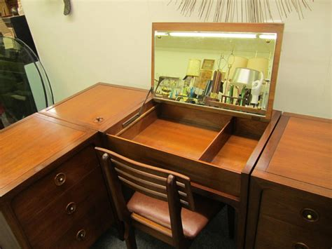 Rare Fivepiece Drexel Counterpoint Modular Desk Dresser. Home Office Desk For Two. Globe Wernicke Roll Top Desk. Small Round Dining Tables. Marble Accent Table. Auto Desk 123d. Black Wood Desk. Kids Desk Toys R Us. Miniature Drawer Pulls