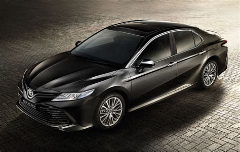 2019 all toyota camry 2019 toyota camry hybrid priced at rs 36 95 lakh autocar