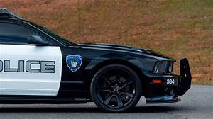 2007 Ford Mustang Saleen S281 in Police Livery Is 1 of 3 Ever Made - autoevolution
