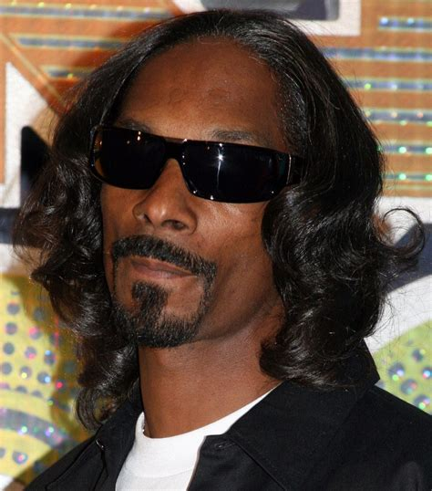 17 photos that prove snoop dogg has the greatest hair of