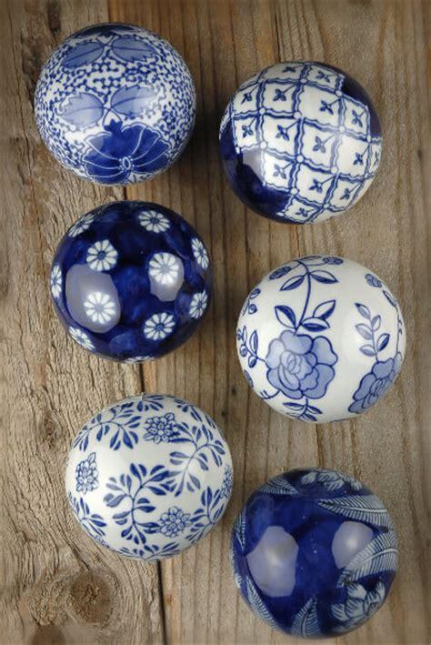decorative porcelain ballsset