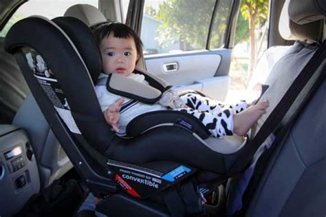 5 Key Reasons Your Child Needs A Convertible Car Seat By
