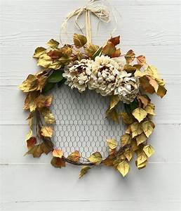 Fall, Wreath, With, Beige, Flowers, And, Leaves