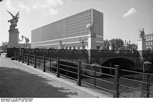 Architektur Der 70er : berlin architektur der 60er 70er jahre page 3 skyscrapercity ~ Markanthonyermac.com Haus und Dekorationen