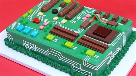learn     geeky tech motherboard cake geektyrant