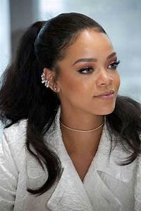 15 of Rihanna's Long Hairdos Every Ladies Should See ...