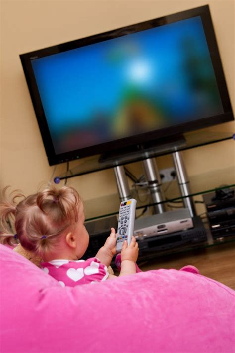 tv watching affects kids waistlines  athletic ability
