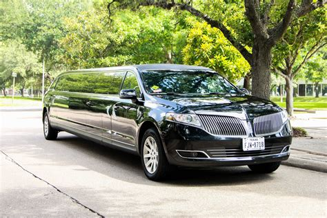 lincoln mkt limo rental  limo party service  houston