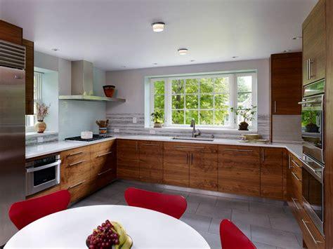 grande cuisine ouverte cuisine en u ouverte pour tout espace 60 photos et conseils