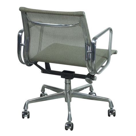 herman miller eames used mesh aluminum management