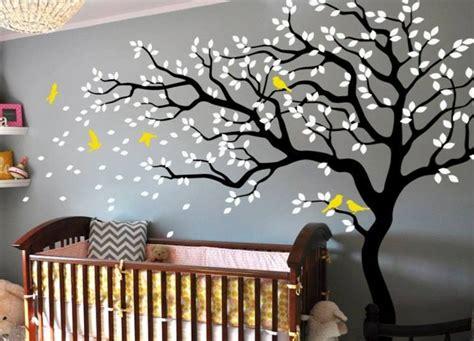 sticker arbre chambre bébé baum wandtattoo im kinderzimmer 24 kreative anregungen