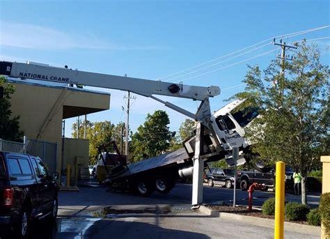 Crane tilts, hits gym in Bradenton