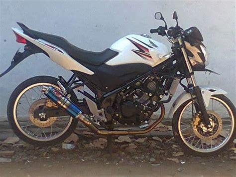 Cb150r Led Modifikasi Jari Jari Ban Kecil by Foto Motor Honda Modifikasi Cb150r Minimalis Fairing