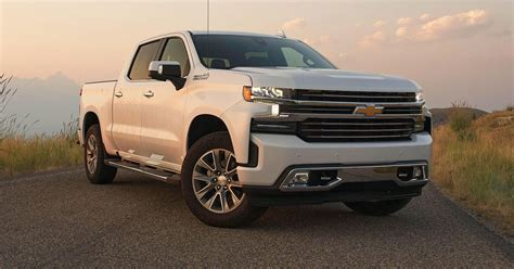 2019 Chevy Silverado First Drive Review