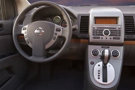 2008 nissan sentra interior 2007 12 nissan sentra consumer guide auto