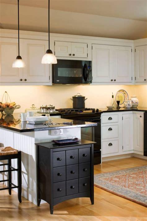 Irresistible Kitchen with Black Appliances Ideas   Decohoms