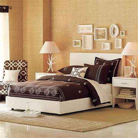 How To Spice Up The Bedroom For Your by Best 25 Spice Up Bedroom Ideas On Interior