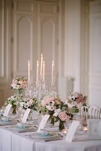 une décoration de mariage romantique et chic avec une