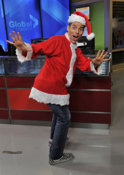 celebrities  santa suits  hats    holiday
