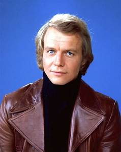 "Avengers in Time: 1977, Music: David Soul with ""Dont Give ..."