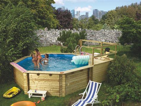 schwimmbecken aus holz holzpool karibu modell 2 schwimmbecken aus holz tolles badevergn 252 im eigenen garten