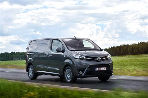 Toyota Proace van review - pictures | Auto Express