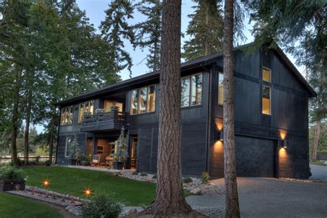 Bentley Longhouse Modern Home in Gig Harbor, Washington by ...