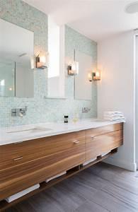 carrelage salle de bain grise et bois en 34 idees de deco With salle de bain gris bois