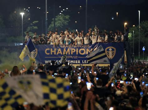 Leeds News LIVE: Leeds United players on open top bus at ...