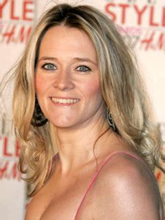 Edith bowman is one of the popular names in the music industry. Pregnant Edith Bowman could die giving birth - CelebsNow