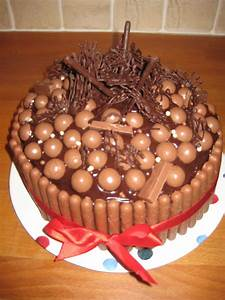 Easy Cake Idea Willowcottagegarden Simple Cake Decorating For A Birthday Cake Of Your Loved Ones