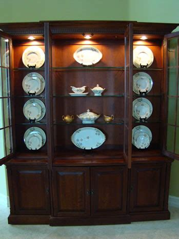 art  accessorizing  china cabinet matt  shari