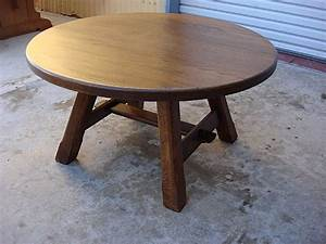 Coffee table round rustic coffee table rustic teak round for Rustic circle coffee table