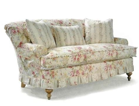 Floral And Loveseat by 25 Best Ideas About Floral Sofa On Timorous
