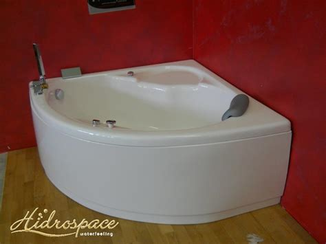 vasca bagno angolare vasca da bagno angolare ibis 130x130